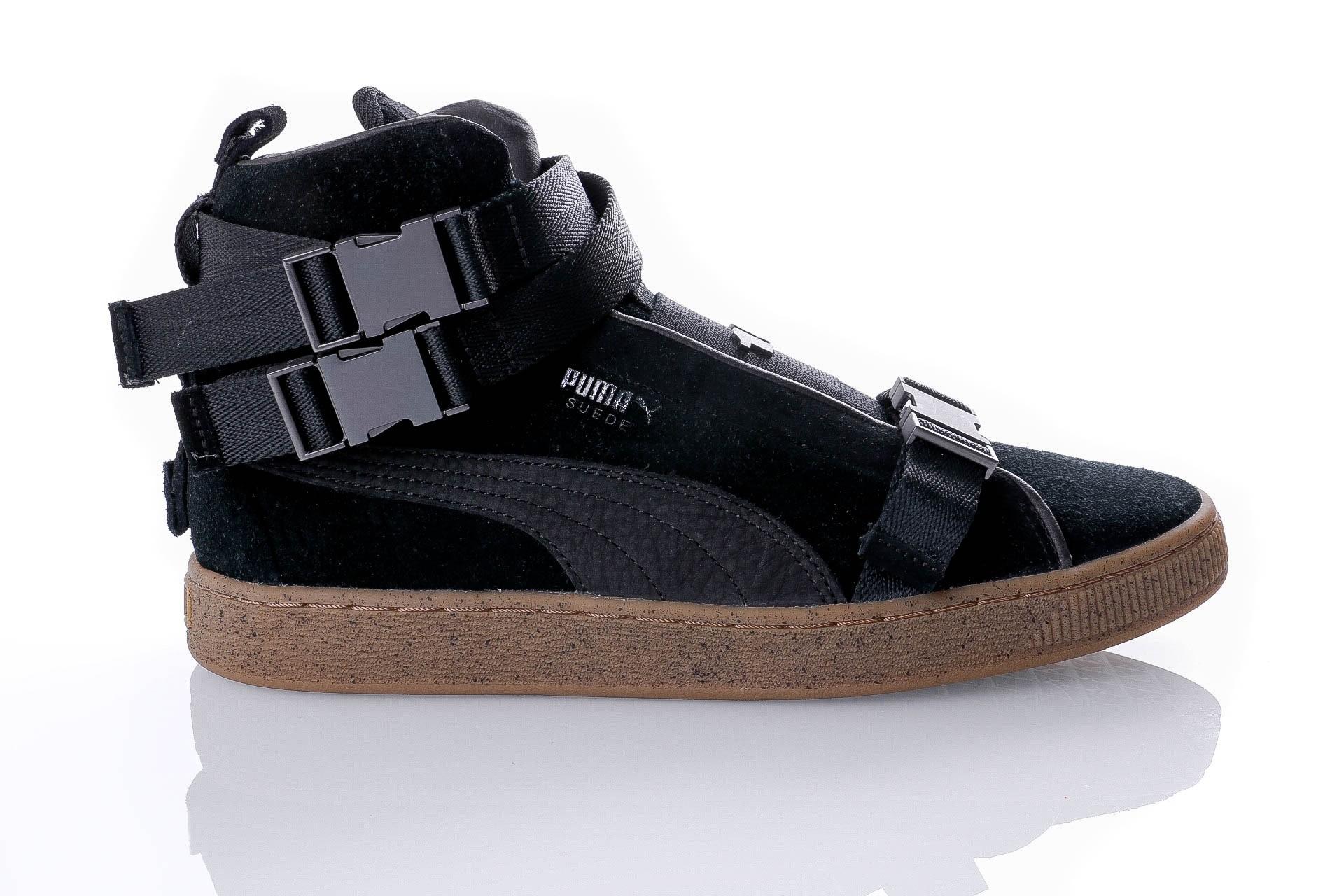 Foto van Puma Suede Classic x TheWeeknd 366310 01 Sneakers Puma Black-Puma Black