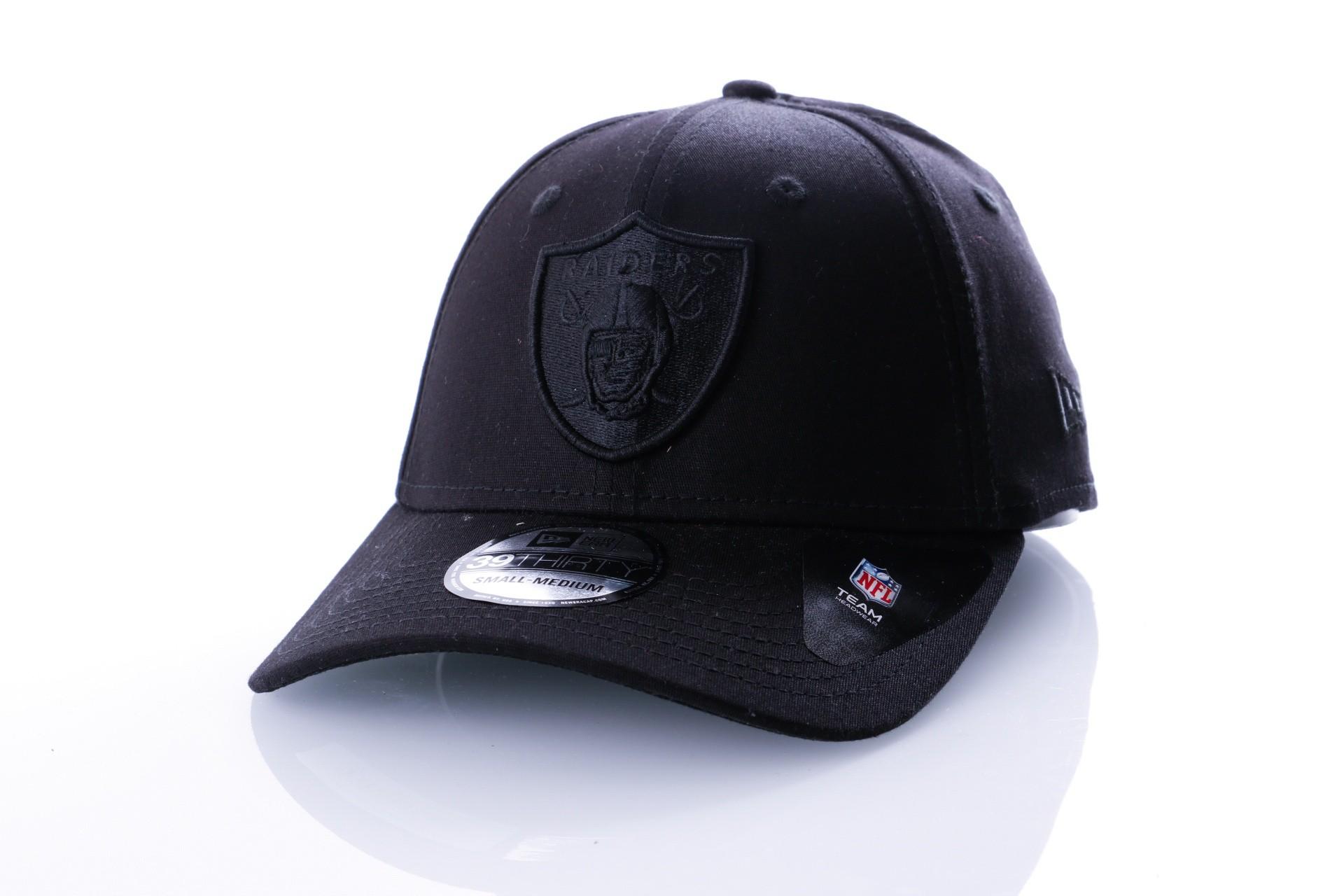Foto van New Era BLACK ON BLACK 39THIRTY OAKLAND RAIDERS 80635951 Dad Cap BLACK/BLACK NFL