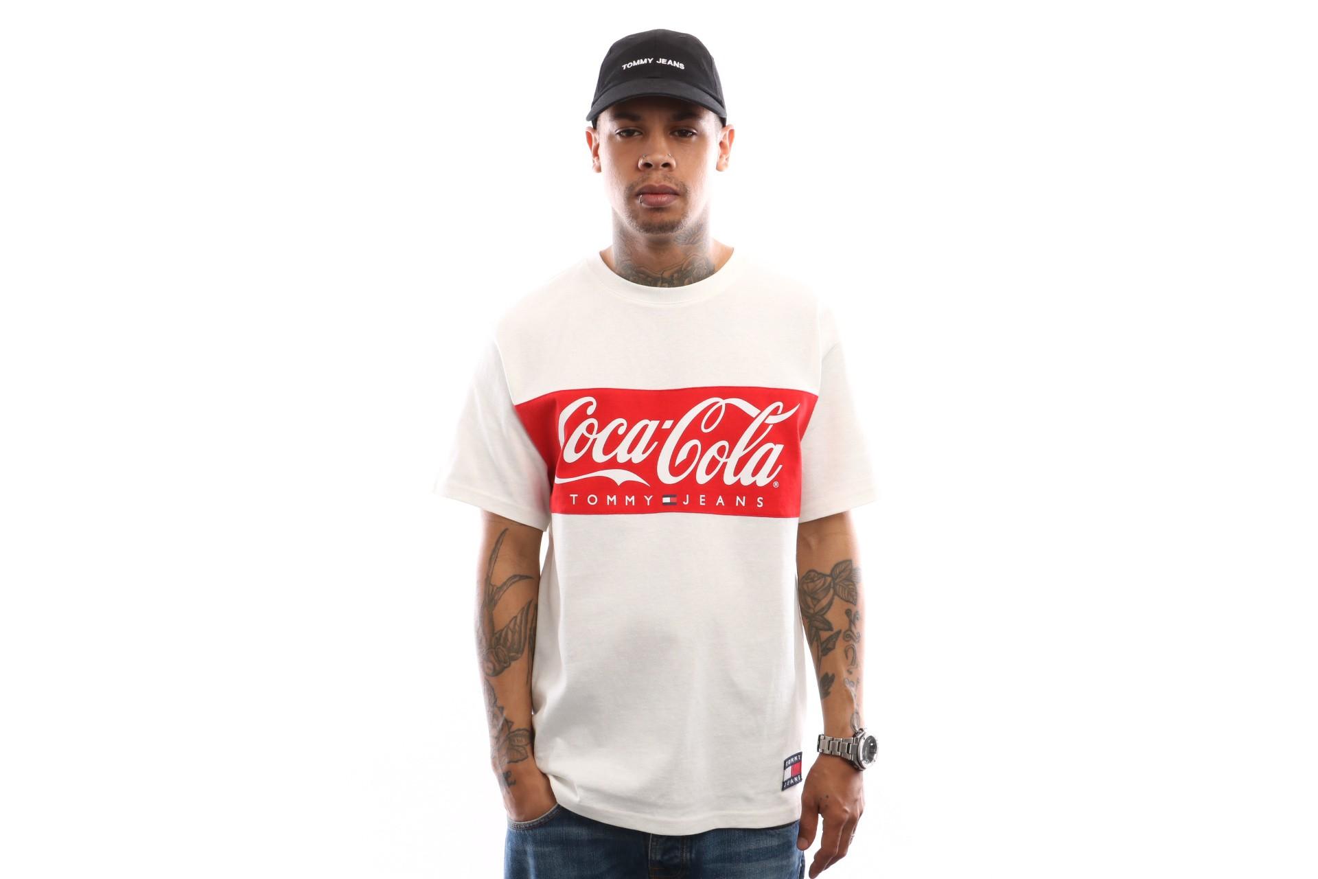Foto van Tommy Hilfiger Tjm Tommy X Coca Cola Tee Dm0Dm06692 T Shirt Bright White