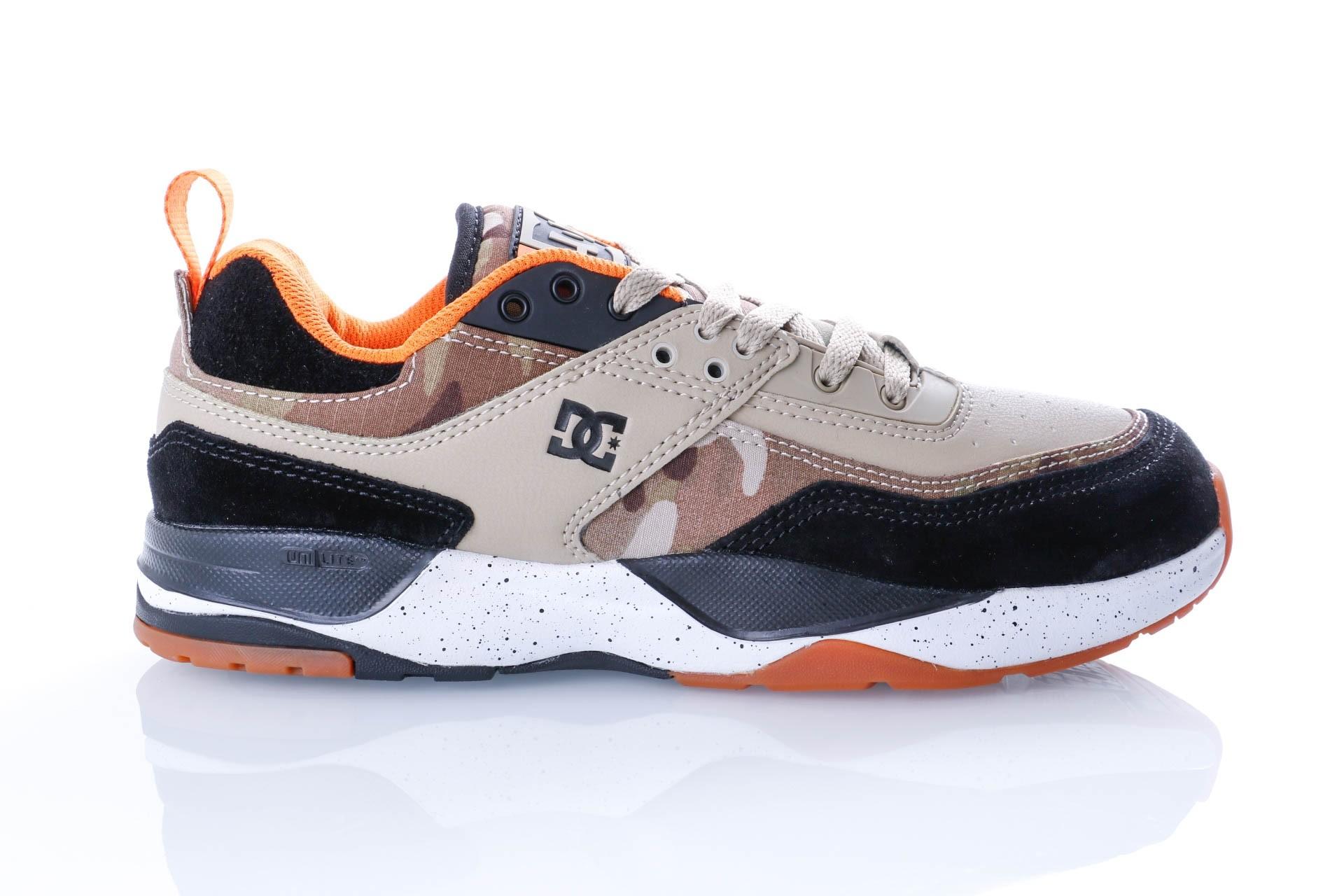 Foto van DC E.TRIBEKA SE M SHOE CMO ADYS700142-CMO Sneakers CAMO