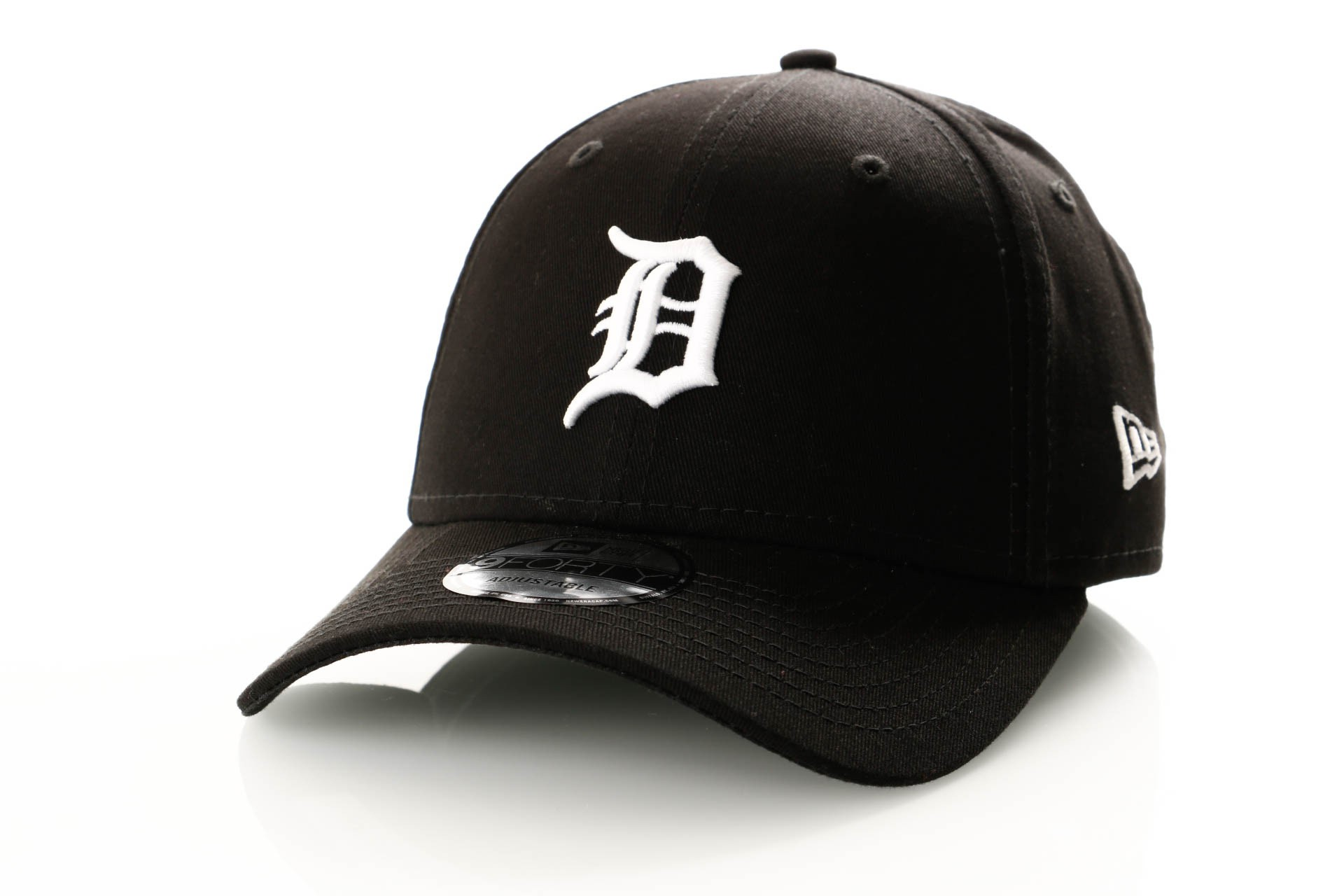Afbeelding van New Era League Essential 9Forty 11945656 Dad Cap Black/Optic White Detroit Tigers