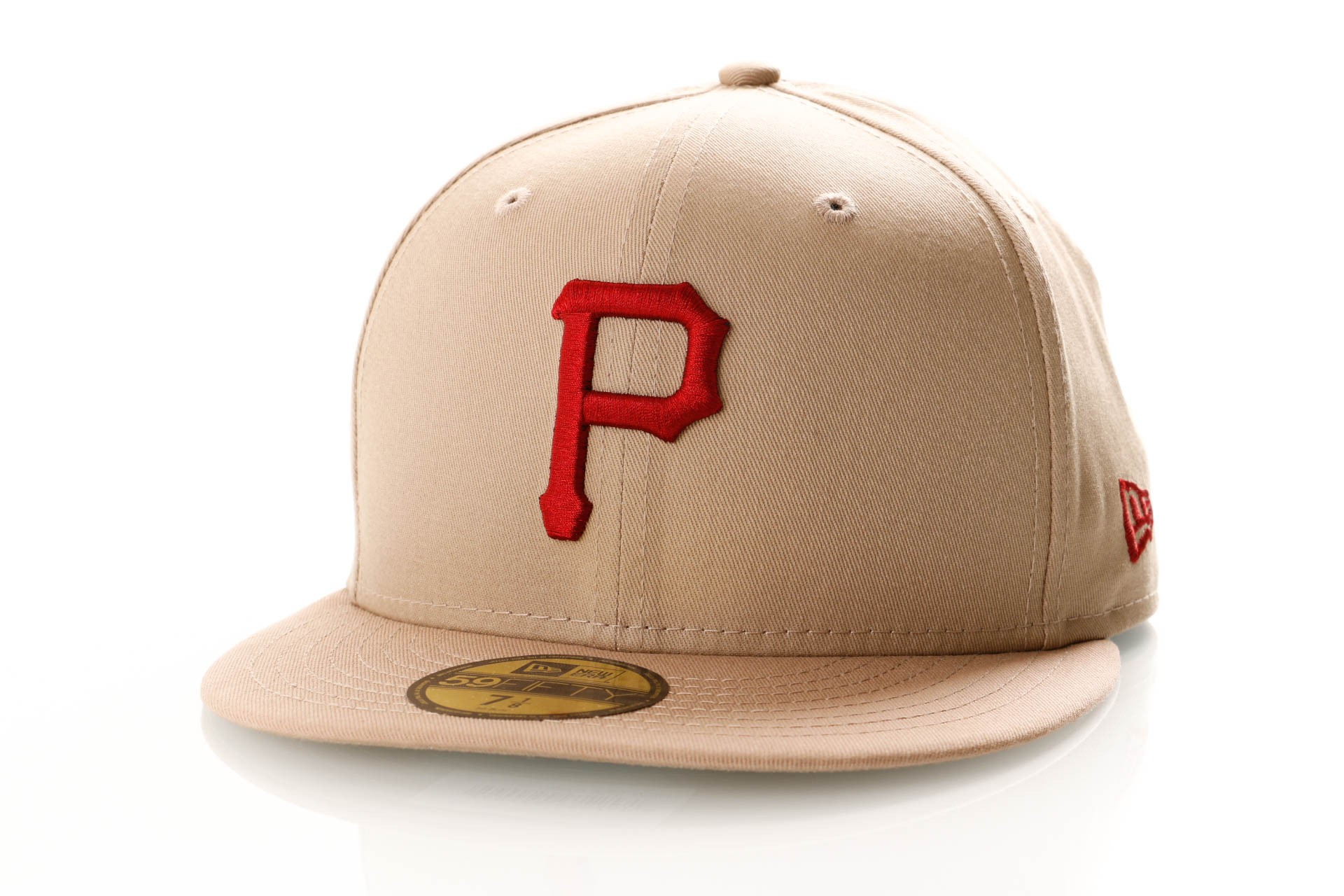 Foto van New Era League Essential 59Fifty 11871511 Fitted Cap Camel/Hot Red Pittsburgh Pirates