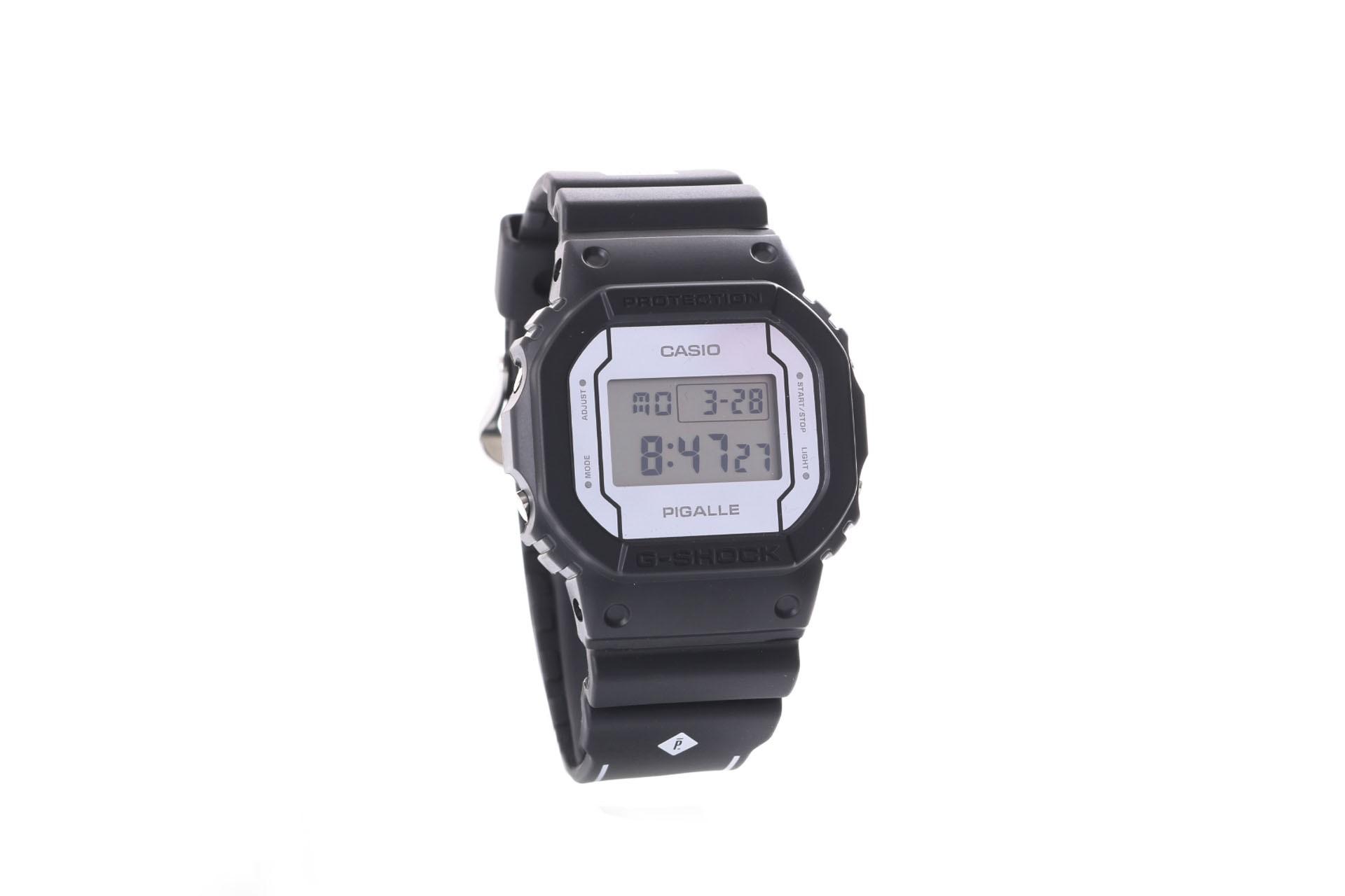 Foto van Casio G-Shock DW-5600PGB-1ER Watch DW-5600PGB Zwart
