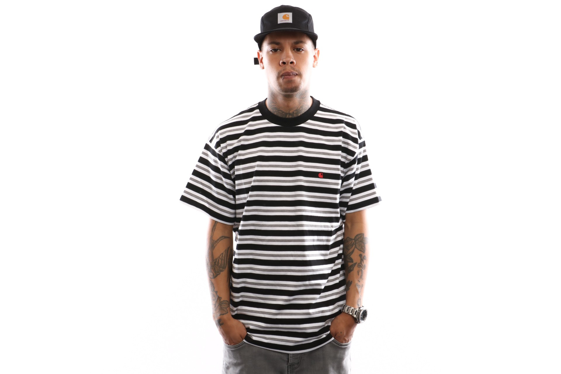Foto van Carhartt Wip S/S Huron T-Shirt I026371 T Shirt Huron Stripe, Black / Cardinal