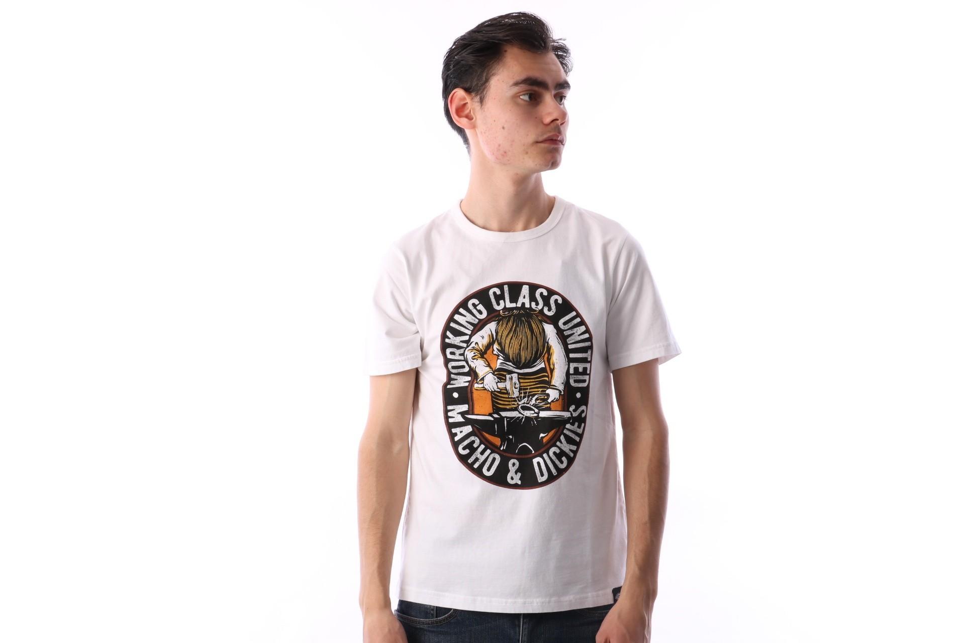 Foto van Dickies 06 210587-WH T-shirt Old ocean Wit