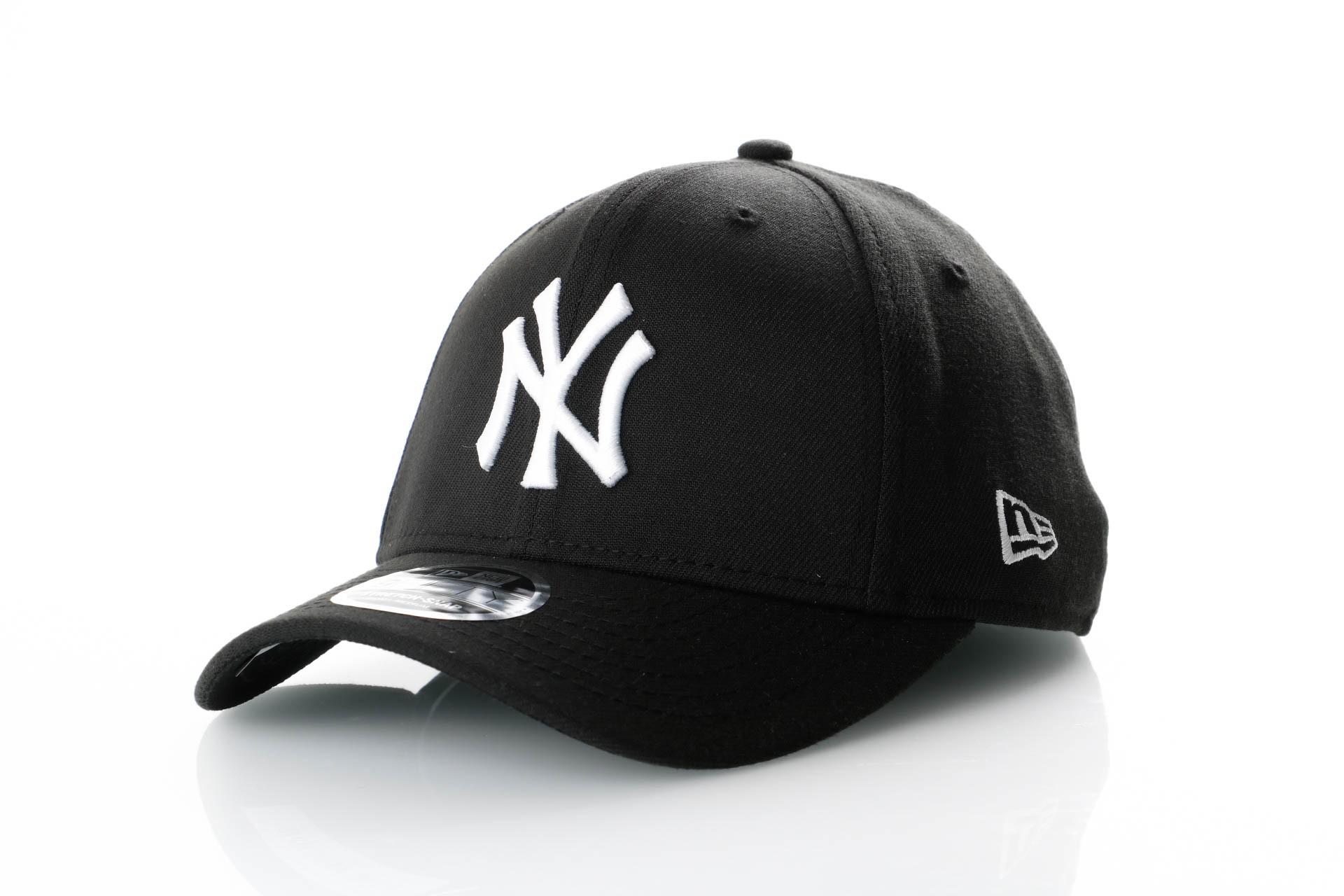 Foto van New Era Stretch Snap 9Fifty 11871279 Snapback Cap Black/Offical Team Colour Mlb New York Yankees