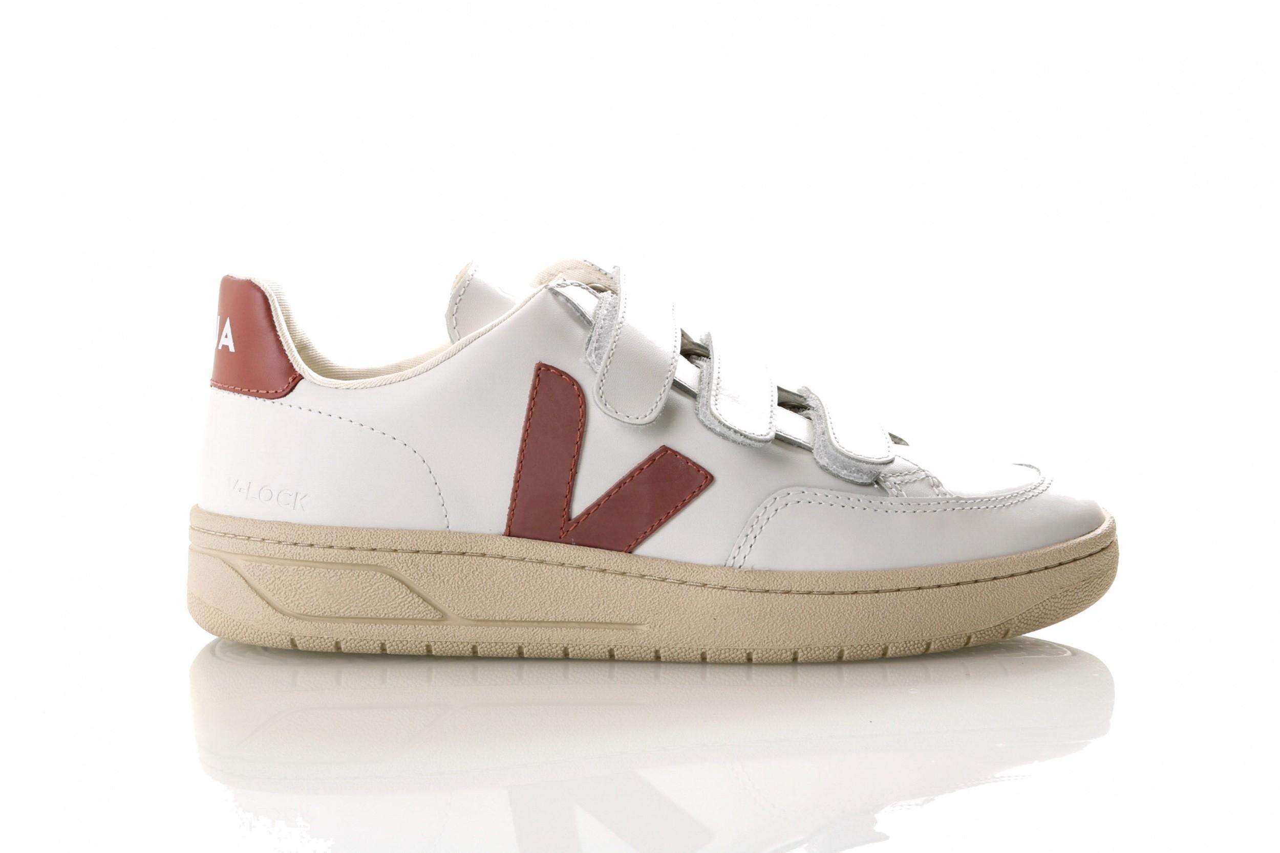 Foto van Veja V-12_Velcro Xc021599 Sneakers Extra White/Dried Petale