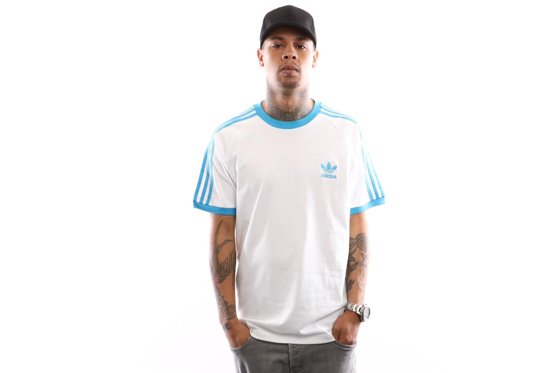 Foto van Adidas 3-Stripes Tee Dz4586 T Shirt White/Shock Cyan