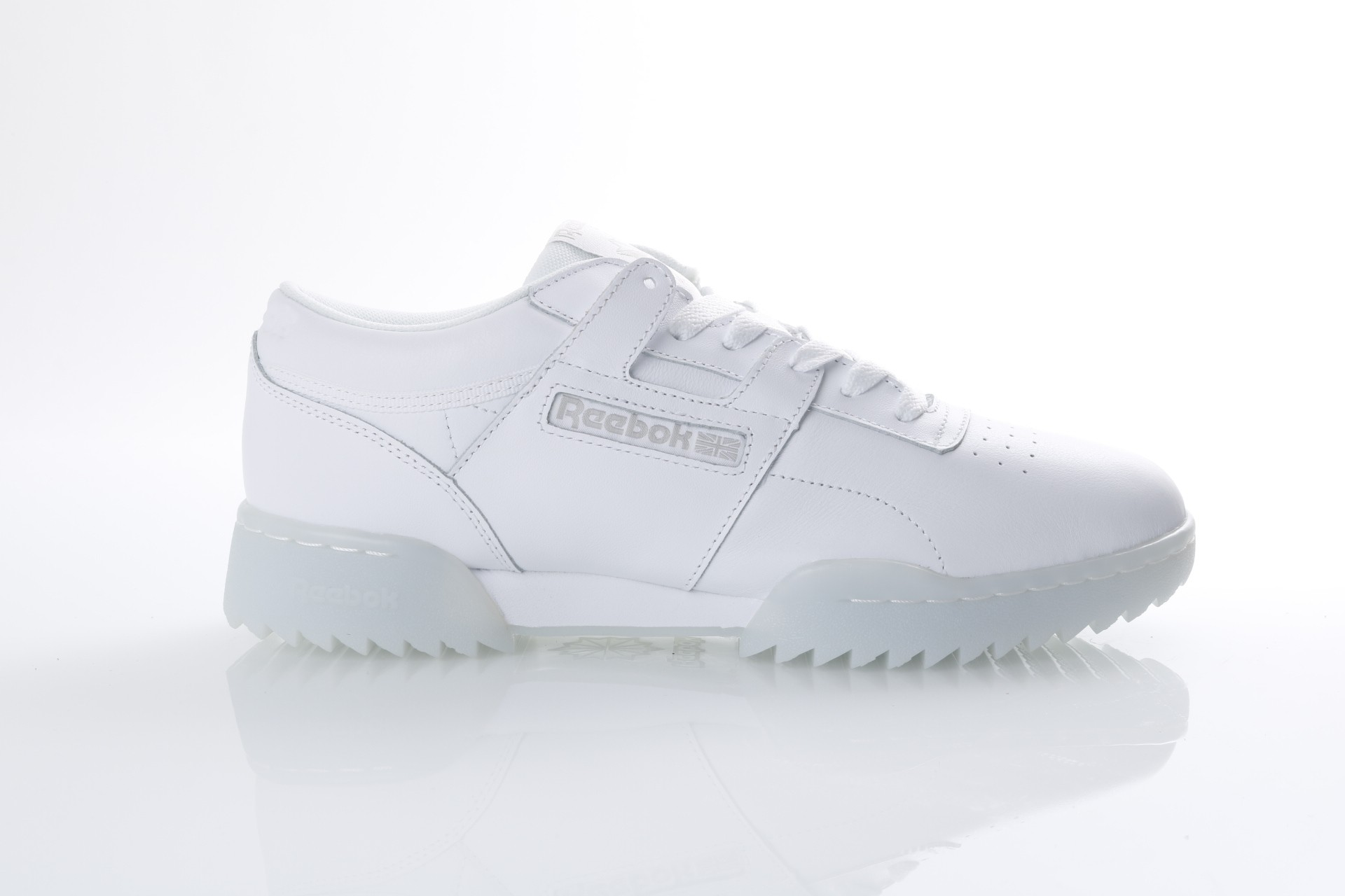 Foto van Reebok CM9929 Sneakers Workout clean ripple ice Wit