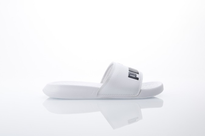 Foto van Puma 360265-12 Slide sandal Popcat Wit