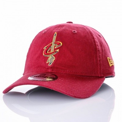 Afbeelding van New Era WASHED TEAM 9TWENTY CLEVELAND CAVALIERS 80636086 dad cap OFFICAL TEAM COLOUR MLB
