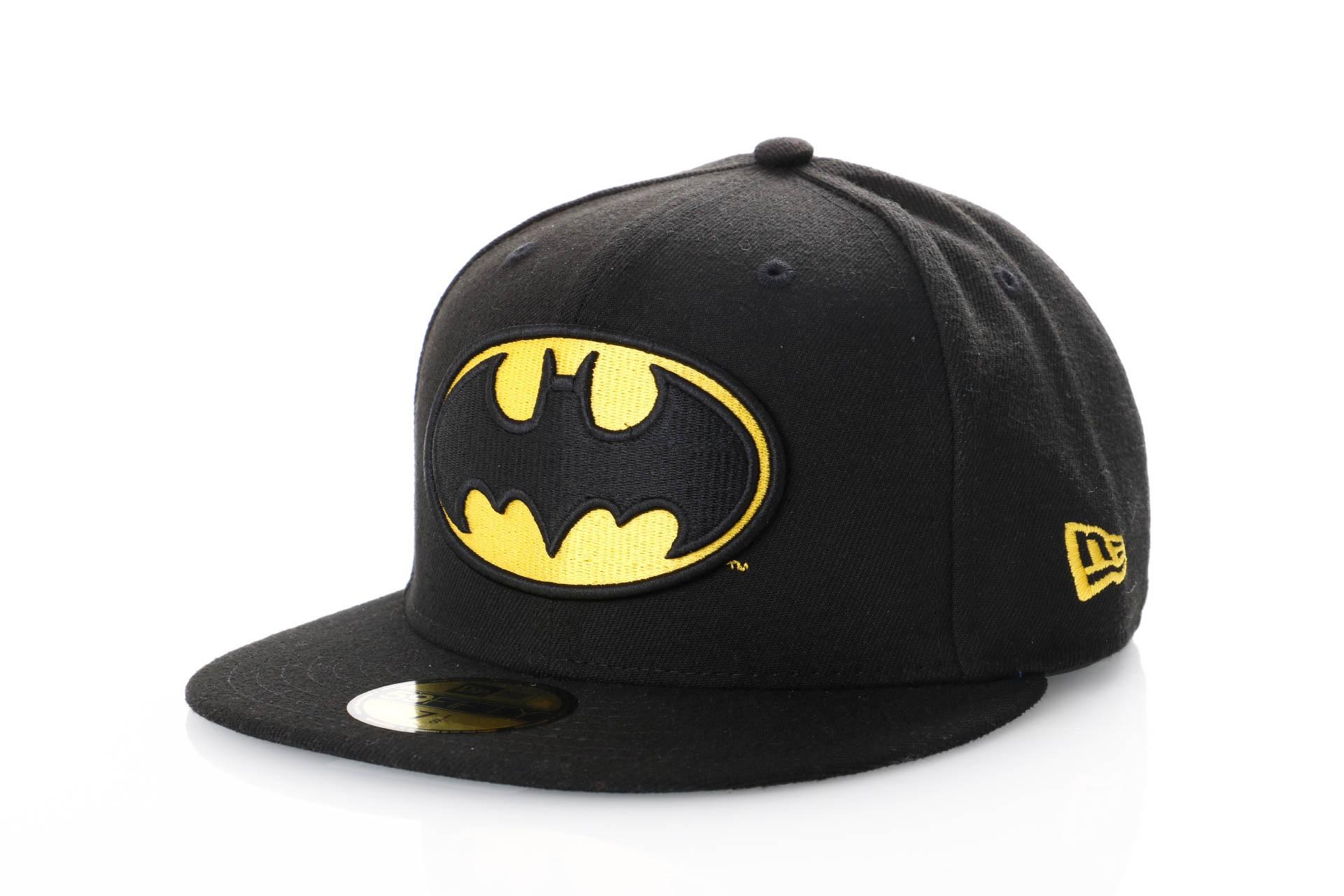 Foto van New Era Character Essential 10862338 Fitted Cap Black/Yellow Marvel