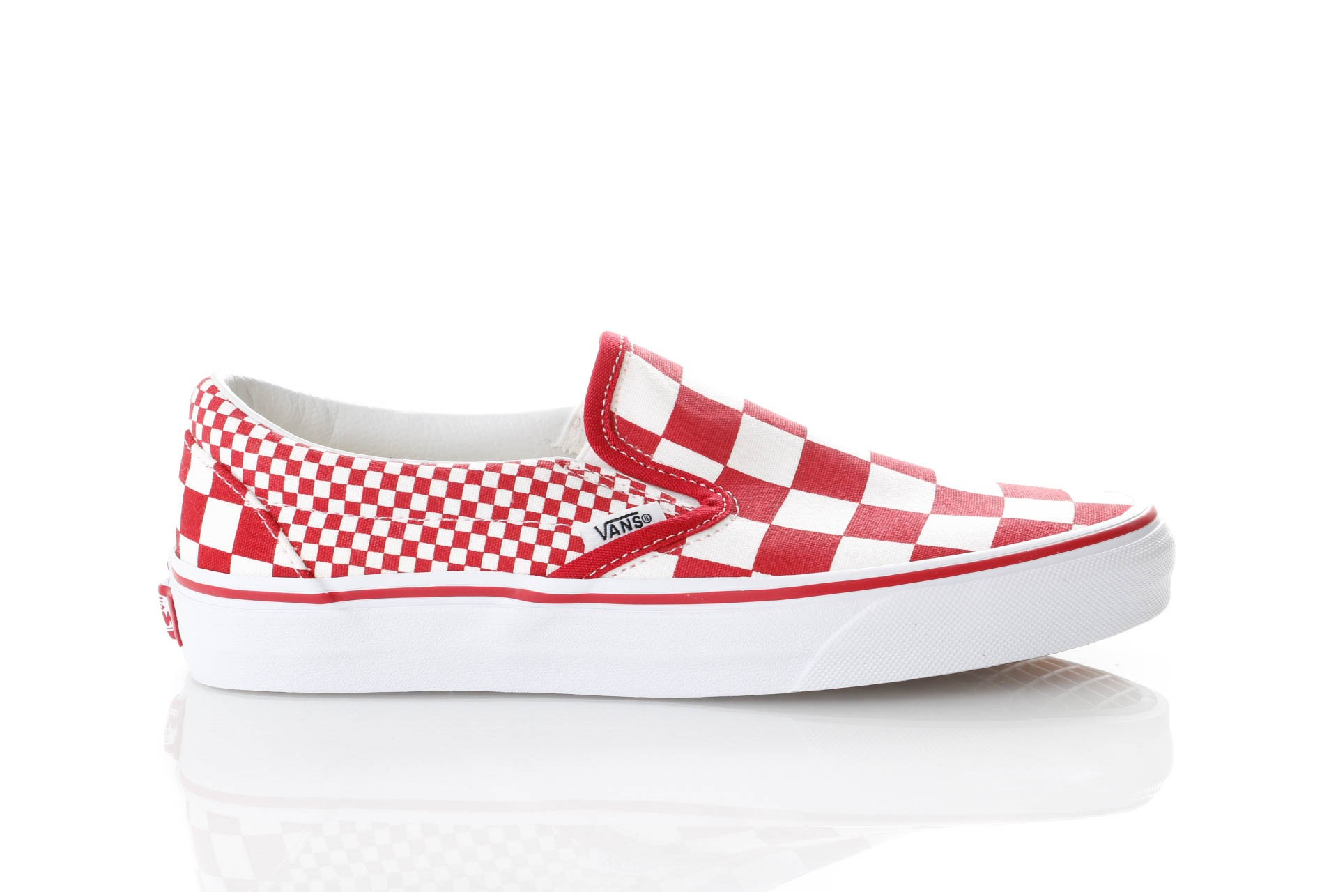 Foto van Vans Ua Classic Slip-On Vn0A38F7Vk5 Sneakers (Mix Checker) Chili Pepper/True White