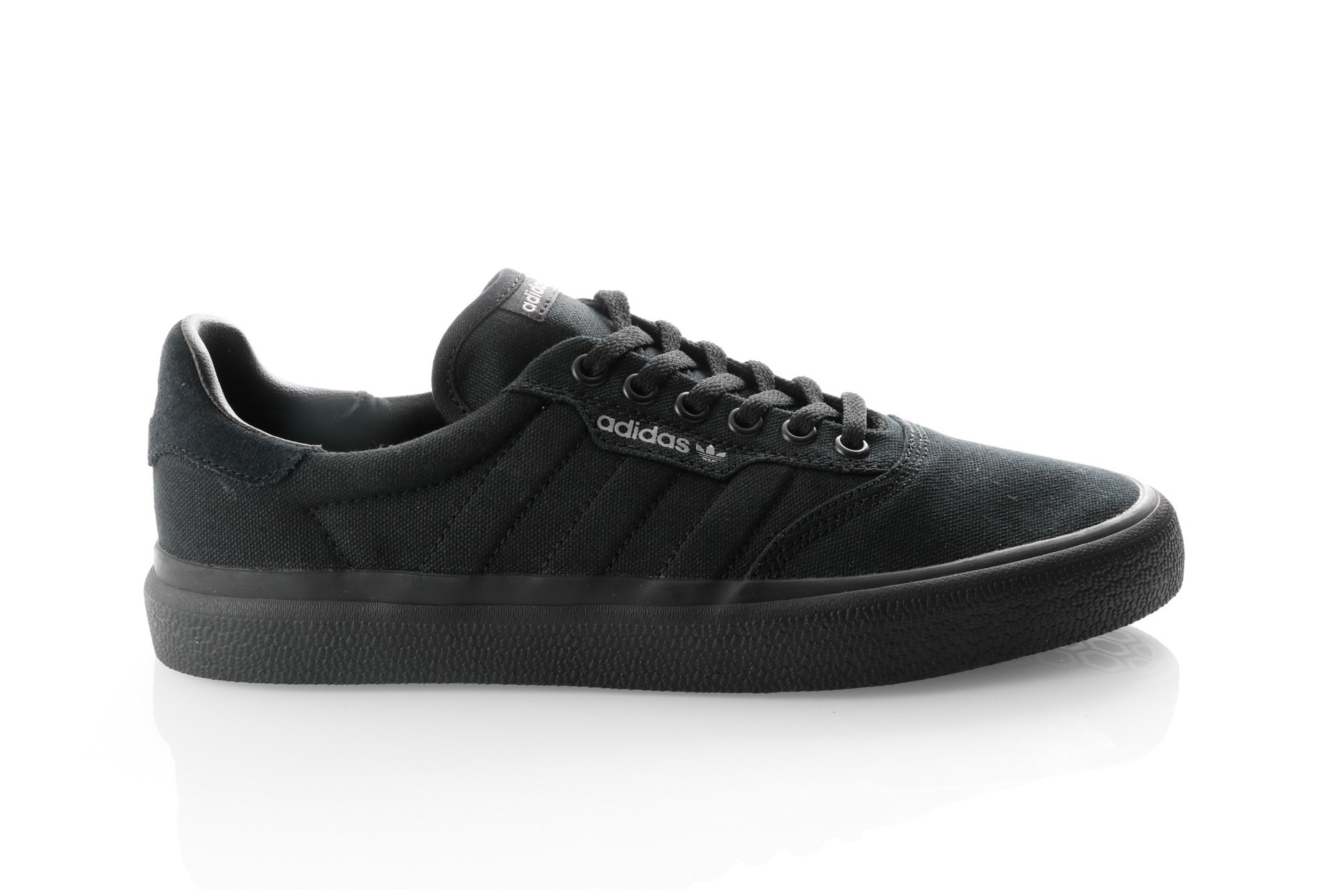 Foto van Adidas 3Mc B22713 Sneakers Core Black/Core Black/Grey Two