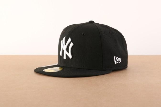 Afbeelding van New Era 10003436 Fitted cap MLB basic NY Yankees Zwart