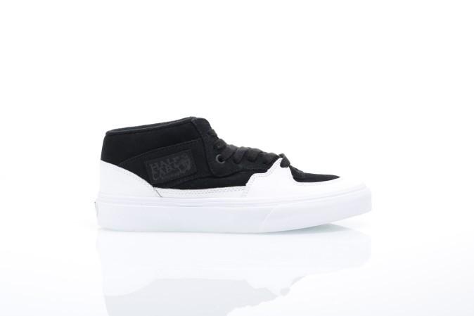 Foto van Vans Classics VA348E-QV1 Sneakers Half cab Zwart