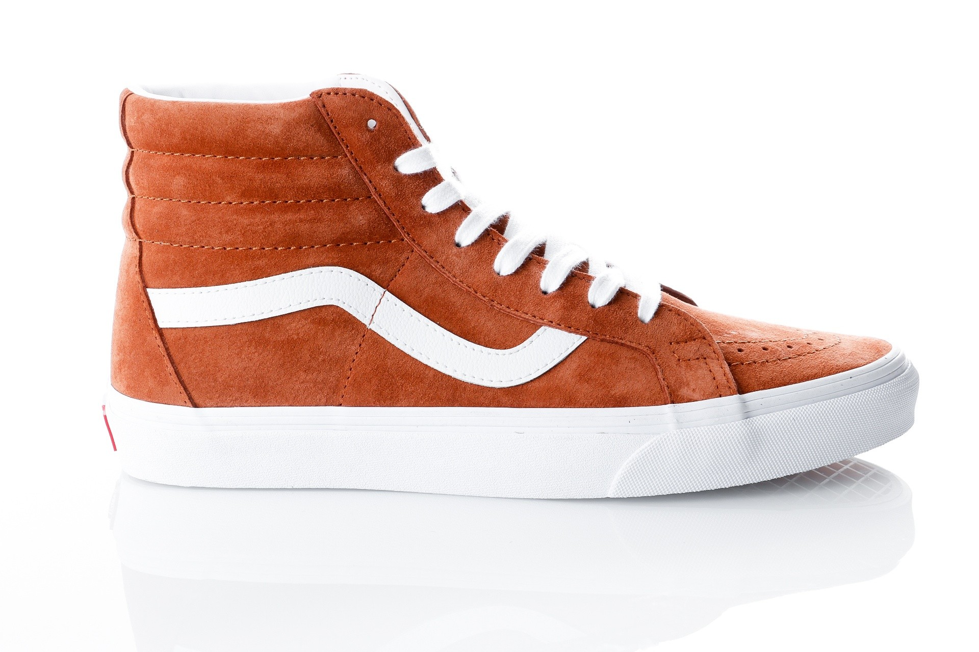 Foto van Vans UA SK8-Hi Reissue VA2XSBU5K Sneakers (Pig Suede) leather brown/true white