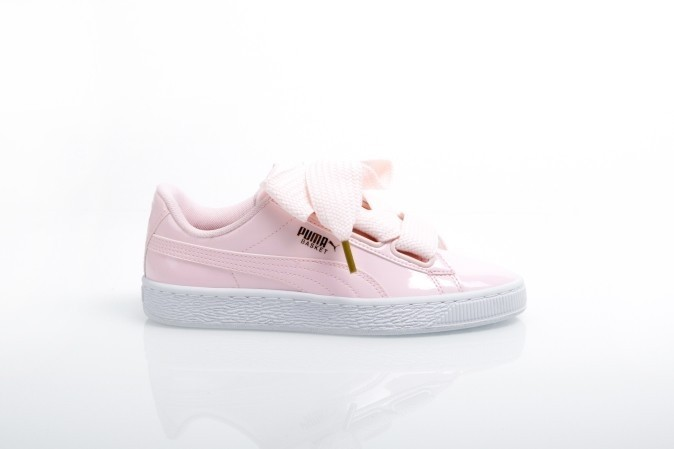 Foto van Puma Ladies 363073-14 Sneakers Basket heart patent Grijs