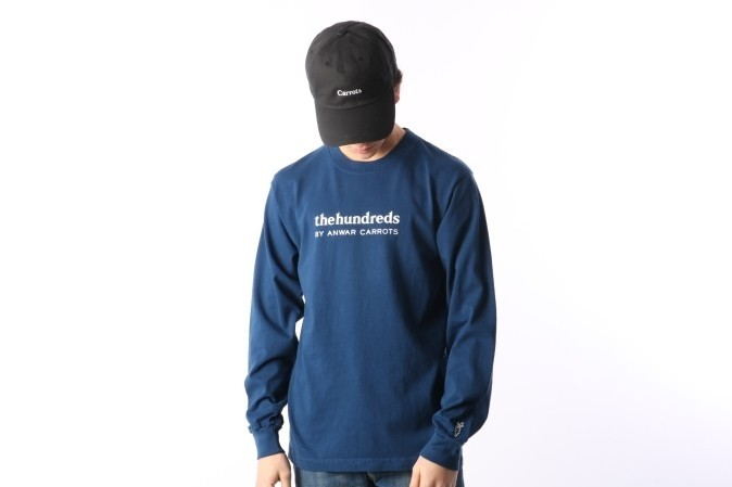 Foto van The Hundreds X Carrots By Anwar L17W301003 Longsleeve Wordmark Blauw