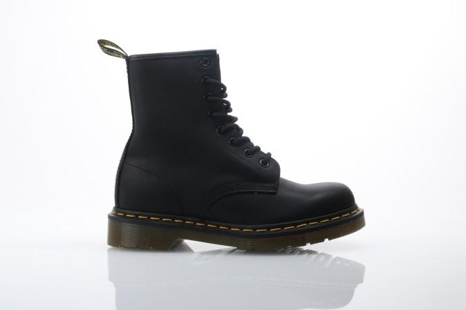 Foto van Dr. Martens 11822003 Boots 1460 Zwart