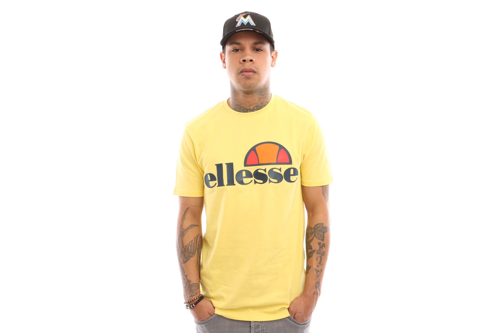 Foto van Ellesse Prado SHA01147 T shirt Light Yellow