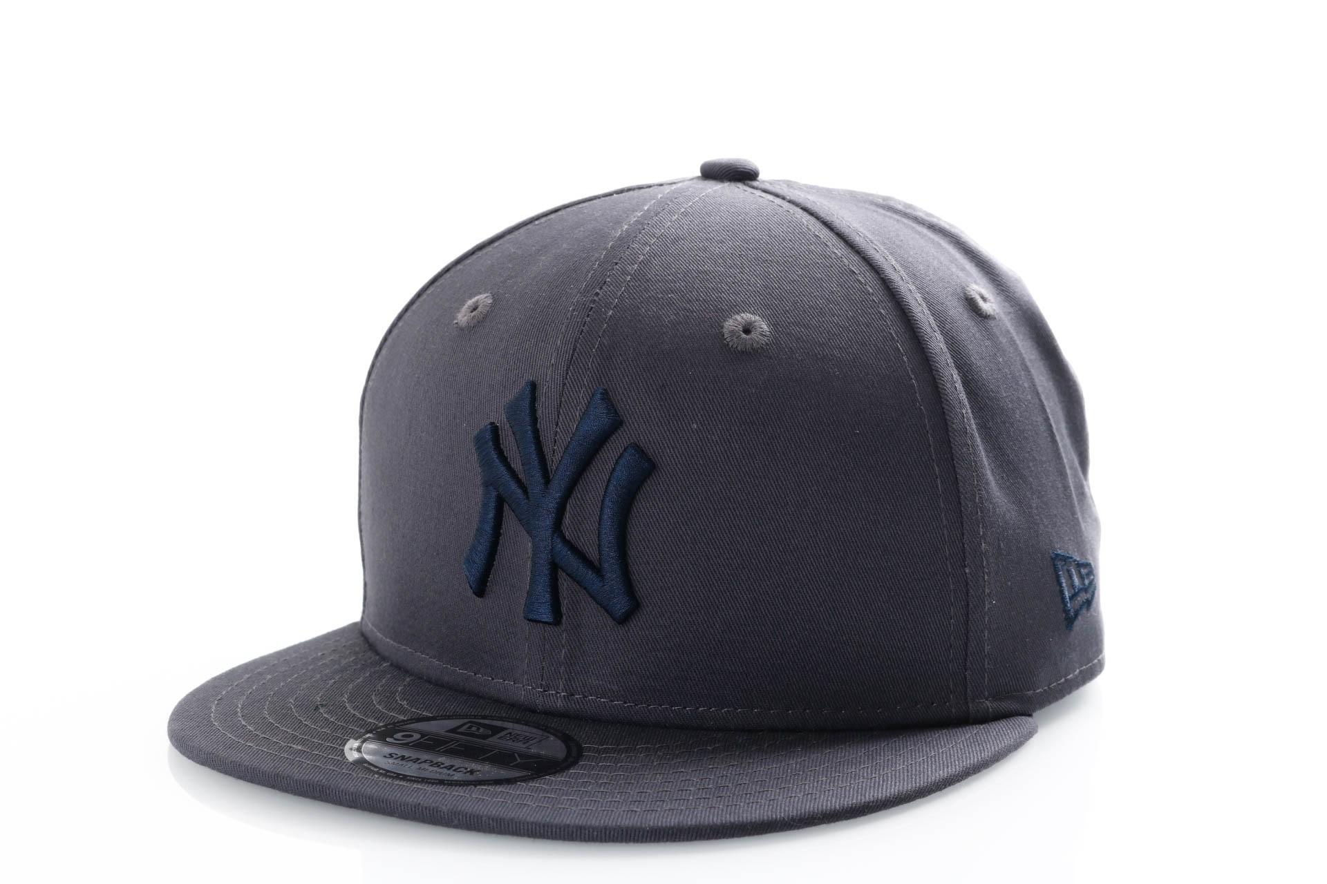 Foto van New Era 9Fifty 11871431 Snapback Cap Graphite/Navy New York Yankees