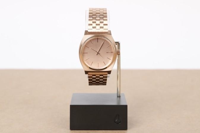 Foto van Nixon A045-897 Watch Time teller Roze