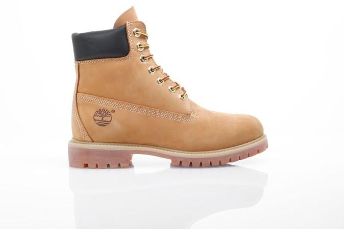 Foto van Timberland C10061 Boots 6-inch premium Bruin