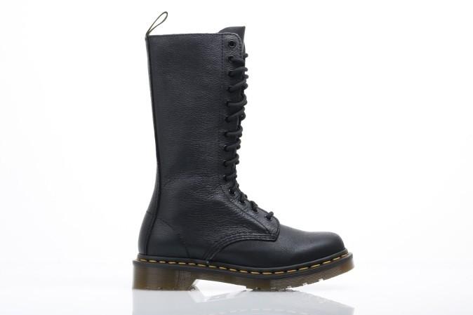 Foto van Dr. Martens Ladies 11820008 Boots 1B99 Zwart
