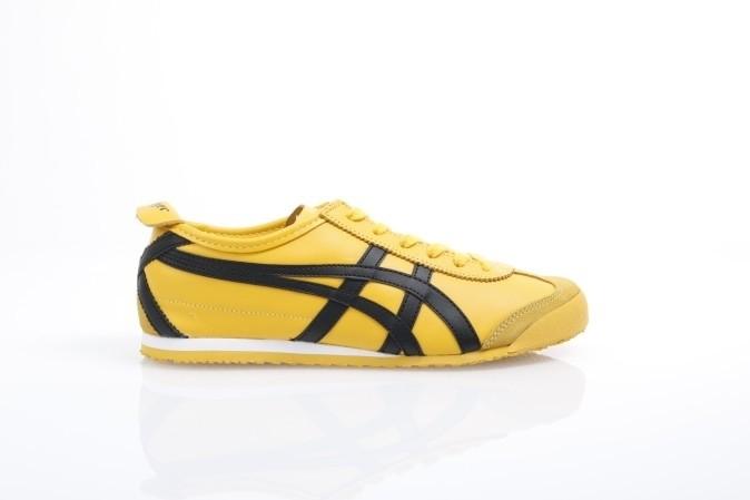 Foto van Asics Onitsuka Tiger DL408-0490 Sneakers Mexico 66 Geel