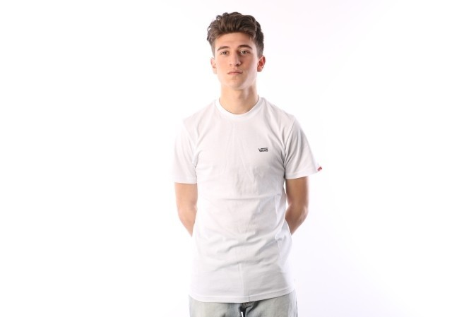 Foto van Vans VA3CZE-WHT T-shirt Left chest logo White