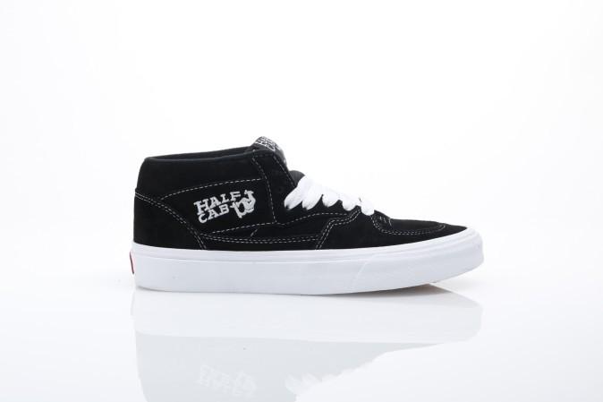 Foto van Vans Classics VDZ3-BLK Sneakers Half cab Zwart