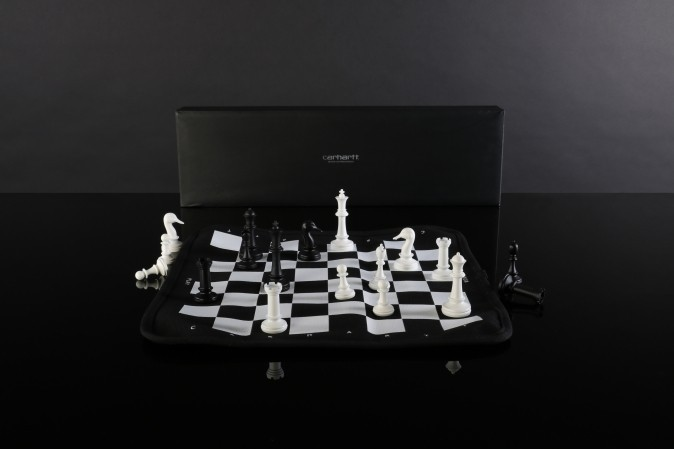 Afbeelding van Carhartt WIP I019308-8900 Chess set Portable chess set Zwart