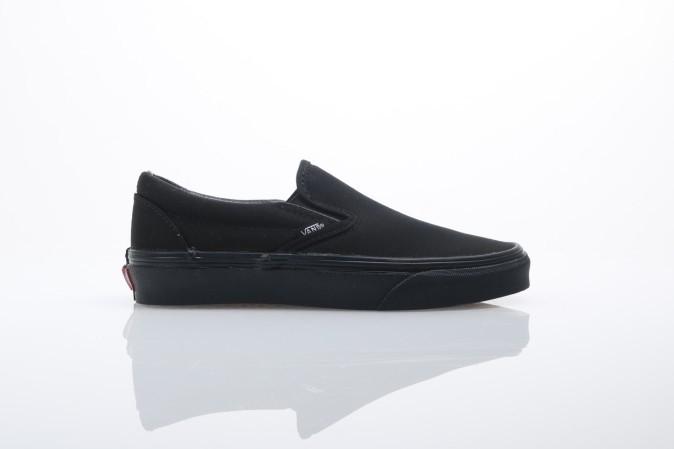 Afbeelding van Vans Classics VEYE-BKA Sneakers Classic slip-on Zwart