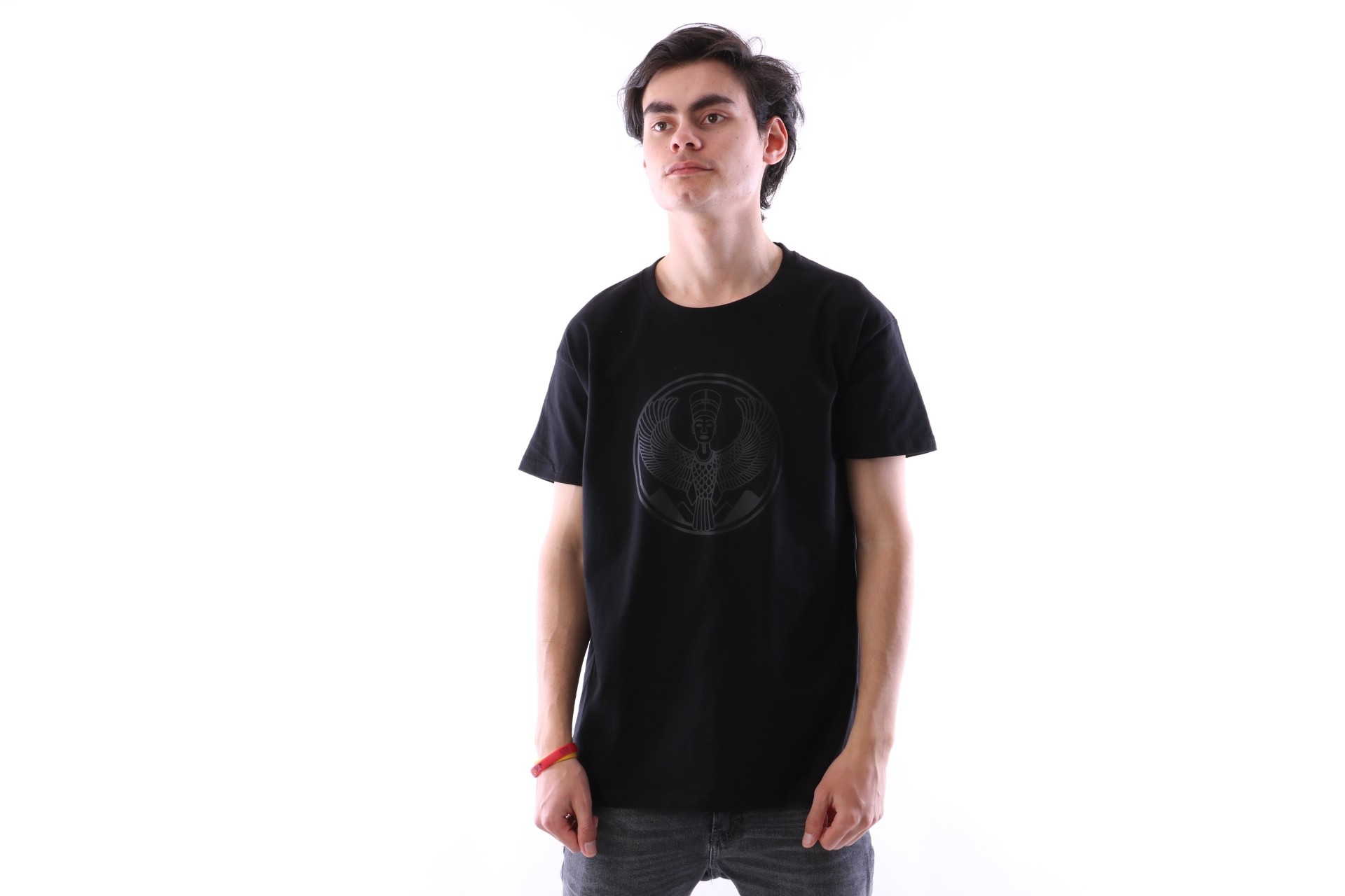 Foto van Pharaoh Official T-shirt Black on black Zwart