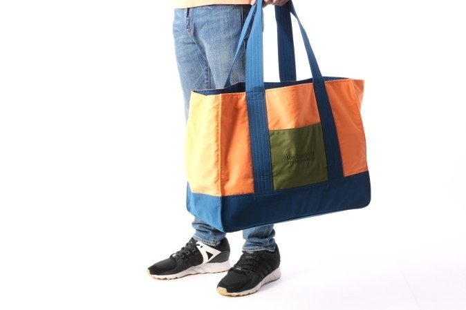 Foto van The Hundreds X Carrots By Anwar L17W307008 Schoudertas Tote bag Roze