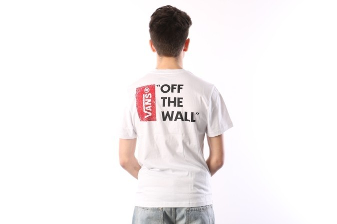 Foto van Vans V5Y0-WHT T-shirt Vans off the wall III Wit