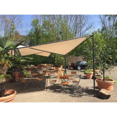 Foto van Orange Outdoor Schaduwdoek Sorara 4 x 4 m Butterfly beige/grijs