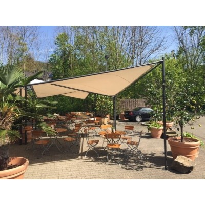 Foto van Orange Outdoor Schaduwdoek Sorara 4 x 4 m Butterfly beige/grijs
