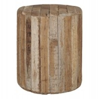 Foto van Stool woodpecker round