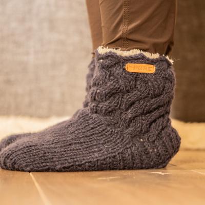 Foto van Pure Wool Fair Trade Gebreide Slofsokken Sherpa Gevoerd Blauw ONE SIZE