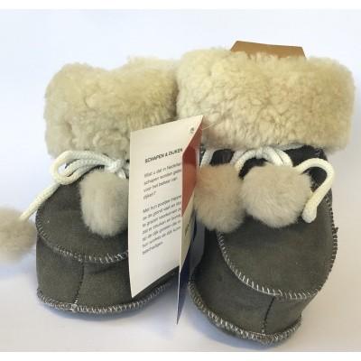 WoolWarmers 901 Wollen Babyslof met Pompon Suède leer Grijze natuurtint (OP=OP)