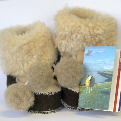 Foto van WoolWarmers 901 Wollen Babyslof met Pompon Suède leer Bruin/Beige natuurtint (OP=OP)