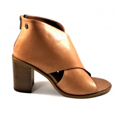 Carmela camel leather 67129
