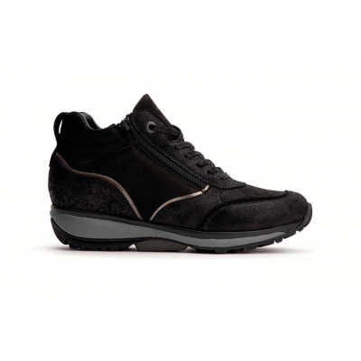 Xsensible hoge sneaker zwart 30105.2.001