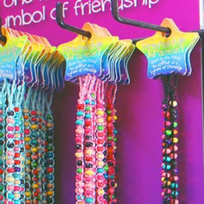 friendship bracelet 3 voor 5,-