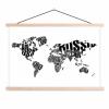 Afbeelding van Wereldkaart Landmassa In Letters Zwart - Schoolplaat 60x40