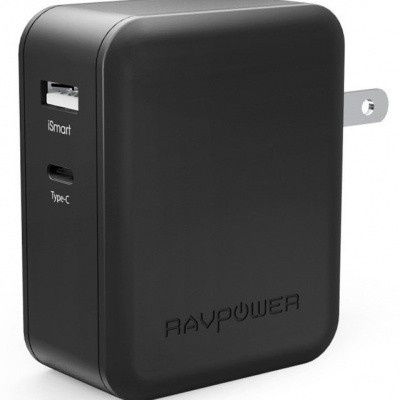 Foto van RAVPower Wandlader 36W Type C And USB