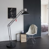 Foto van Steinhauer zappa series Zwart Vloerlamp 1-lichts 7701ZW