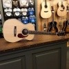 Afbeelding van Guild M-240E, solid Sitka spruce top, laminated Mahogany back and sides, incl gigbag